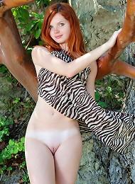 Kirsche^met Art Erotic Sexy Hot Ero Girl Free